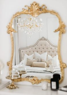 Rich Girl Bedroom, Glam Bedroom, Bedroom Themes, Home Decor Bedroom, Bedroom Ideas, Bedrooms, Parisian Room, Parisian Bedroom Decor, Parisian Apartment
