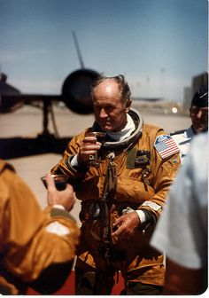 956 Chuck Yeager's first SR flight Fighter Aircraft, Fighter Jets, American Exceptionalism, The Right Stuff, Women In History, Ancient History, Aircraft Pictures, Aviation Art, Military Aircraft