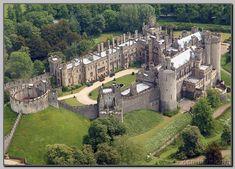 Arundel Castle - in West Sussex, England. Beautiful Castles, Beautiful Buildings, Beautiful Places, Le Palace, Norfolk, Arundel Castle, Castles In England, Villa, Fantasy Castle