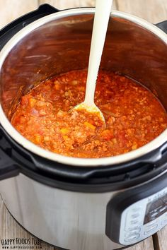 Instant Pot Bolognese Sauce is a quicker version of this classic Italian dinner recipe. No hassle, quicker than on stove top but equally delicious!Guys, if you like Spaghetti Bolognese, then you will … Easy Pressure Cooker Recipes, Instant Pot Pressure Cooker, Slow Cooker Recipes, Crockpot Recipes, Cooking Recipes, Pressure Pot, Pasta Recipes, Slow Cooking, Pressure Cooking