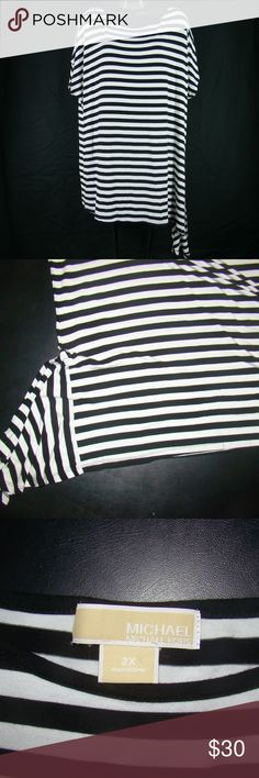 """MICHAEL KORS 2X WHITE BLACK STRIPE SHIRT BLOUSE MICHAEL KORS WOMENS PLUS SZ 2X WHITE BLACK VERTICAL STRIPE KNIT TOP BLOUSE SHIRT  Measurements:     Chest- (Armpit To Armpit With Shirt Laid Flat) = 26"""" Across     Length: From The Shoulder Down To The Bottom Hem = 29""""    The Fabric (Rayon & Spandex) is stretchy and soft.   Excellent Condition, No Flaws/odors. Michael Kors Tops Blouses"""