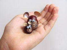 Maus und kleines Mäuschen basteln mit Kastanien im Herbst