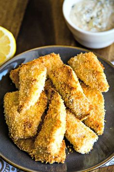 Crispy Oven-Fried Fish with Dijon Tartar Sauce, This healthy oven baked fish recipe calls for a one-two-three dredging process which results in a nice crunchy coating without deep frying and without the added calories! Breaded Baked Fish, Breaded Fish Recipe, Baked Tilapia Recipes, Oven Fried Fish, Crispy Oven Fries, Fries In The Oven, Oven Baked, Fish Recipes, Seafood Recipes