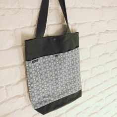 *✴️* #lumibag  #shopper  #stofftasche #winter #herbst  #selbstgemacht #design #fabric #handmade #withlove #bag #tasche #diy #nähen #sew #sewing  www.lumiqi.com With Love, Shopper, Dory, Reusable Tote Bags, Photo And Video, Winter, Instagram, Design, Fashion