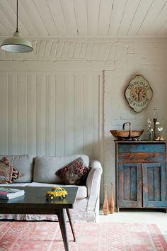 Red Brick Barn {vintage rustic modern farmhouse living room}