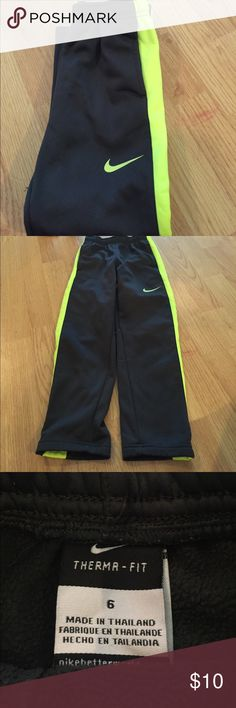 boy's Nike pants Great used condition; some light picks as shown in picture; dark gray Nike Bottoms Sweatpants & Joggers