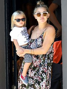 Oh em gee, look at this shady mommy/son duo! Kate Hudson rocked chunky white shades with gold flash lenses and lil Bing sported wayfarers!