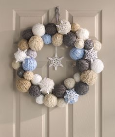 Snowflake Wreath Crochet Pattern  #crochet  #redheartyarns  #wreathofthemonth