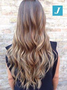 Ad ogni donna le sfumature che desidera firmate Degradé Joelle! #cdj #degradejoelle #tagliopuntearia #degradé #igers #musthave #hair #hairstyle #haircolour #longhair #ootd #hairfashion #madeinitaly #wellastudionyc