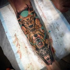 totem-pole-neo-traditional-animal-tattoo-for-guys-on-leg-sleeve.jpg 600×600 pixels