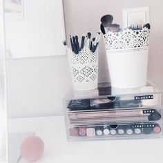 10 Easy DIY Makeup Organizer Ideas You'll Want to Copy Immediately | StyleCaster