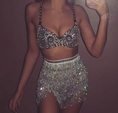 Other great ideas about Festival Framework, Festival outfits and Fest trend. Festival Looks, Festival Style, Festival Wear, Festival Fashion, Festival Girls, Rave Outfits, Edgy Outfits, Fashion Outfits, Coachella Outfit Ideas