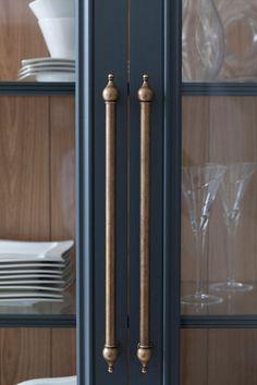 Beau Antique Brass Kitchen Cabinet Handles   Antique Brass Kitchen Cabinet  Handles   Chalkboard Ideas For Kitchen, Antique Kitchen Cabinet Door  Handles Door ...