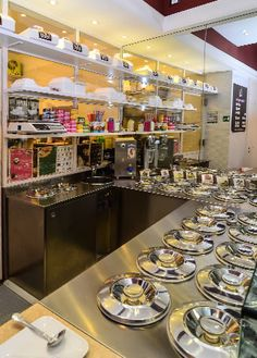 Blanca - Gelateria, Via Matteotti 6, Frascati, design and made by RPM Proget Photo: Alessandro Maggi