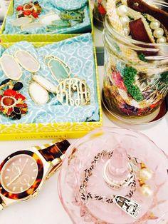 Anatomy Of An Organized Jewelry Box via @WhoWhatWear