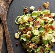 Σαλάτα με λαχανάκια Βρυξελλών, σταφίδες & βινεγκρέτ
