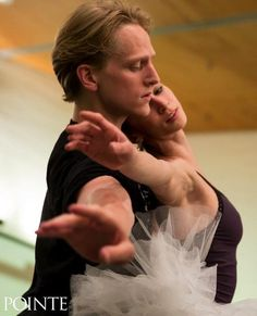 """Polina Semionova and David Hallberg rehearsing Swan Lake Photos by Matthew Murphy for Pointe MagazinePolina: """"The ballet is a piece of art ♥ Wonderful! Ballet Images, Dance Images, Ballerina Dancing, Ballet Dancers, Ballet Couple, Polina Semionova, Ballet Performances, Female Dancers, Dance Training"""