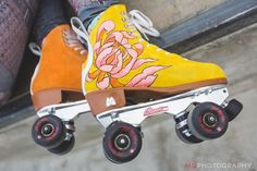 The widest variety of recent skate board dress in share now. Retro Roller Skates, Roller Skate Wheels, Quad Roller Skates, Roller Derby, Skating Rink, Roller Skating, Teen Stores, Derby Skates, Skateboard Design