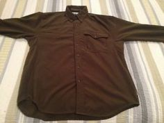 "Up for purchase is a very nice Columbia River Lodge Dark Green Thick Button Down Shirt.   Length (top of collar-bottom of shirt tail): 31""-32"" Width (Pit-Pit): 22""-23"" Sleeves: 21""-22"" Color: Dark Green Made in China  100% Polyester  visit www.ebay.com/bigthax62 to purchase!! $15.99 FREE SHIPPING!! Best offer is offered!!"