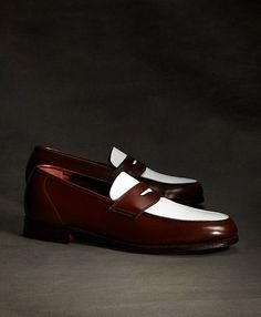 The Great Gatsby Collection White and Brown Spectator Loafer - Brooks Brothers INSPIRATION PIECE #1 I am wondering WTF is wrong with me that I am drooling over shoes (in the least festih-y way possible) but ZOMG want want want. But not for $600. Let's see what I can find in cheap knock-off land.