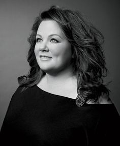 Melissa McCarthy is so beautiful. Not only she is hilarious, she also has really nice eyes, and beautiful hair. Jamie Lynn Spears, Beautiful Celebrities, Beautiful Actresses, Pretty People, Beautiful People, Just Keep Walking, Jenny Mccarthy, Actrices Hollywood, Victoria Justice