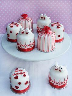 Pequeños cake para compartir con mucho amor.