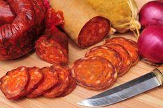 Nasušte si klobásky a salámy bez údenia (chorizo) Chorizo, Tandoori Chicken, Sausage, Grilling, Bbq, Food And Drink, Meals, Baking, Ethnic Recipes