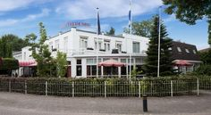 Fletcher Hotel Restaurant Veldenbos Nunspeet Hotel restaurant Veldenbos is located 5 minutes from the city centre of Nunspeet and the forests of the Veluwe. There is a relaxing sauna and a Turkish steam bath.
