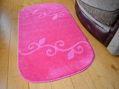 These light pink non shedding rugs are machine washable at 40 degrees which allows for easy maintenance. There non slip backing makes this rug ideal to be placed on all types of surfaces. Machine Washable Rugs, Florence, Pink, Home Decor, Decoration Home, Room Decor, Pink Hair, Home Interior Design, Florence Italy