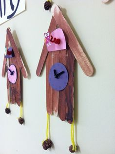 Germany - Cuckoo clock craft idea using popsicle sticks, easy enough to reproduce, no link though Summer Kids, Preschool Activities, Camping Activities, Diversity Activities, School Projects, Projects For Kids, Kids Crafts, Art Projects, Around The World Theme
