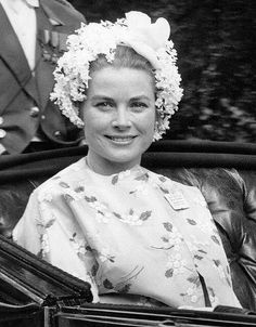 Princess Grace and Prince Rainier of Monaco at Royal Ascot in Prince Rainier, Princess Caroline Of Monaco, Princess Diana, Ascot, La Main Au Collet, Princesa Grace Kelly, Prince Of Monaco, Robert Cummings, Grace Kelly Style