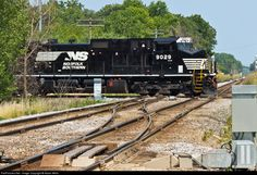 RailPictures.Net Photo: NS 9029 Norfolk Southern GE C40-9W (Dash 9-40CW) at Pewaukee, Wisconsin by Adam Wells