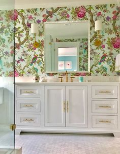 StyleCraft's custom cabinetry is exquisite woodworking for the kitchen, bath & home by master craftsmen. Kitchen And Bath Remodeling, Kitchen And Bath Design, Bathroom Accent Wall, Home Trends, Custom Cabinetry, Vintage Home Decor, Decoration, Wall Wallpaper, House Design