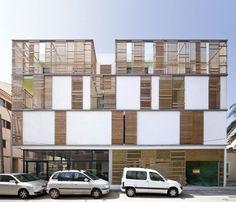 Latticework Apartment Block / Juana Canet Arquitectos