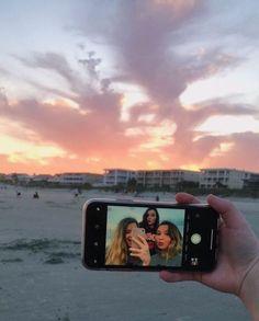 VSCO - jillruthcole - Photography, Landscape photography, Photography tips Photos Bff, Best Friend Photos, Best Friend Goals, Bff Pics, Flipagram Instagram, Shotting Photo, Poses Photo, Best Friend Photography, Teen Photography