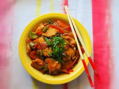 chicken, chinese, indo chinese, sweet and sour chicken My Favorite Food, Favorite Recipes, My Favorite Things, Sweet N Sour Chicken, Ratatouille, My Recipes, Thai Red Curry, Chinese, Ethnic Recipes