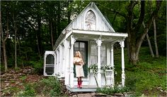 Just too cool!!! An honest to goodness little Victorian Gingerbread House in the Catskill Mountains.  SHE did it all by herself, and for under three thousand dollars.