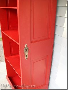 DIY Decorating Ideas: Repurpose an old door into a bookcase by cutting it in half and adding shelves. Finish it off with a vibrant high-gloss color to give it a fresh modern feel. Repurposed Door Bookcase Tutorial by proteamundi Furniture Projects, Furniture Makeover, Diy Furniture, Refinished Furniture, Entryway Furniture, Furniture Movers, Diy Projects To Try, Home Projects, Do It Yourself Baby