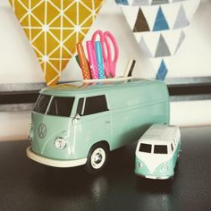 The perfect gift for your father! Classic 1963 T1 van 🚌multi-functional box and a Bluetooth speaker 🔈 in iconic green colour.  #T1bus #vwt1bus #vwt1lovers #campervan #vw #vwbus #fathersday #perfectgifts Volkswagen T1, Small Indoor Plants, Stationary Box, T1 Bus, Remote Control Holder, Plant Box, Smartphone Holder, Tissue Boxes, You Are The Father