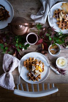 Butternut squash waffles - Carnets Parisiens Food Photography Styling, Food Styling, Crepes, Lunch Photos, Waffles, Breakfast Table Setting, Brunch, Sans Lactose, Butternut Squash