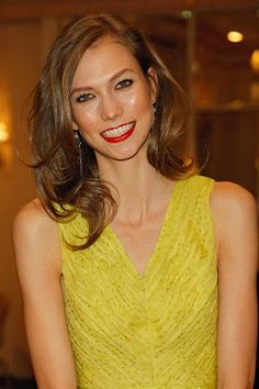 Karlie Kloss' best beauty looks: January 2012