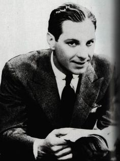 Nov 30 - 1979 – Zeppo Marx, American actor and comedian (b. Vintage Hollywood, Classic Hollywood, Zeppo Marx, Jessica Mendoza, Celebrities Exposed, Brothers Movie, Best Screenplay, Abbott And Costello, Groucho Marx