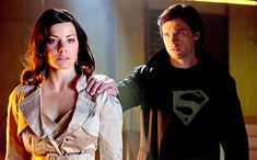 Erica Durance To Reprise 'Smallville' Lois Lane Role In Arrowverse Crossover On the CW – Deadline Erica Durance, Lois E Clark, Clark Kent Lois Lane, Tom Welling, Crossover, Batwoman, Supergirl, Smallville Clark Kent, Smallville Comics