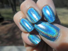 Look at this. LOOK AT IT. This is 'Over The Moon', part of Color Club's 2013 Holographic Halo Hues collection. I am truly (as its name implies) over the moon for it.