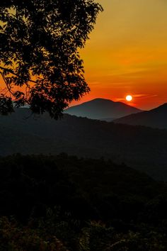 """Neal Lewis took this stunning sunrise photo from Thornton Hollow Overlook in Shenandoah National Park. Here's what he had to say about this photo. """"For me, catching a sunrise in Shenandoah is pure therapy. No two daybreaks are ever the same. Best Sunset, Beautiful Sunset, Simply Beautiful, Beautiful Places, Beautiful Pictures, Best Places To Camp, Shenandoah National Park, National Parks Usa, Closer To Nature"""