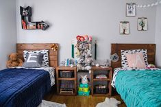 Creating a shared big kid's bedroom for boy/girl twins can be tough. Find out how Lemon Thistle created a gender neutral space for her kiddos.