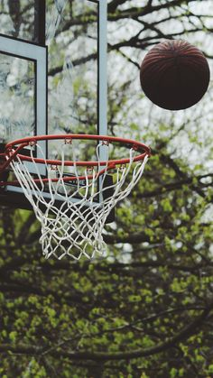 Basketball, Backboard, Ball, Basketball Court Wallpaper for Android [Full HD], Sport Background and Image Basketball Moves, Basketball Videos, Basketball Gifts, Basketball Pictures, Love And Basketball, Sports Basketball, Basketball Jersey, College Basketball, Maillot Lakers