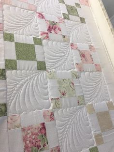 Quilting Stencils, Longarm Quilting, Free Motion Quilting, Quilting Projects, Quilting Ideas, Quilting Stitch Patterns, Quilt Stitching, Quilt Block Patterns, Machine Quilting Patterns