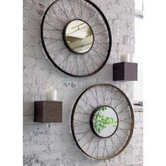 DIY Bike Wheel Mirror -neat idea for the garage! Bicycle Decor, Old Bicycle, Old Bikes, Bicycle Design, Rustic Wall Mirrors, Living Room Mirrors, Mirror Bedroom, Mirror House, Deco Originale