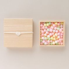 """""""Oiri"""" is a local sweet of Kagawa Prefecture, the bride and groom give it to guest at a japanese wedding ceremony. Japanese Cake, Japanese Sweets, Japanese Food, Japanese Packaging, Unicorn Foods, Japanese Wedding, Rainbow Food, Japanese Design, Cute Food"""
